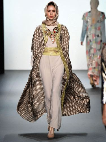 Hijab haute couture modest muslim chic takes new york for New haute couture designers