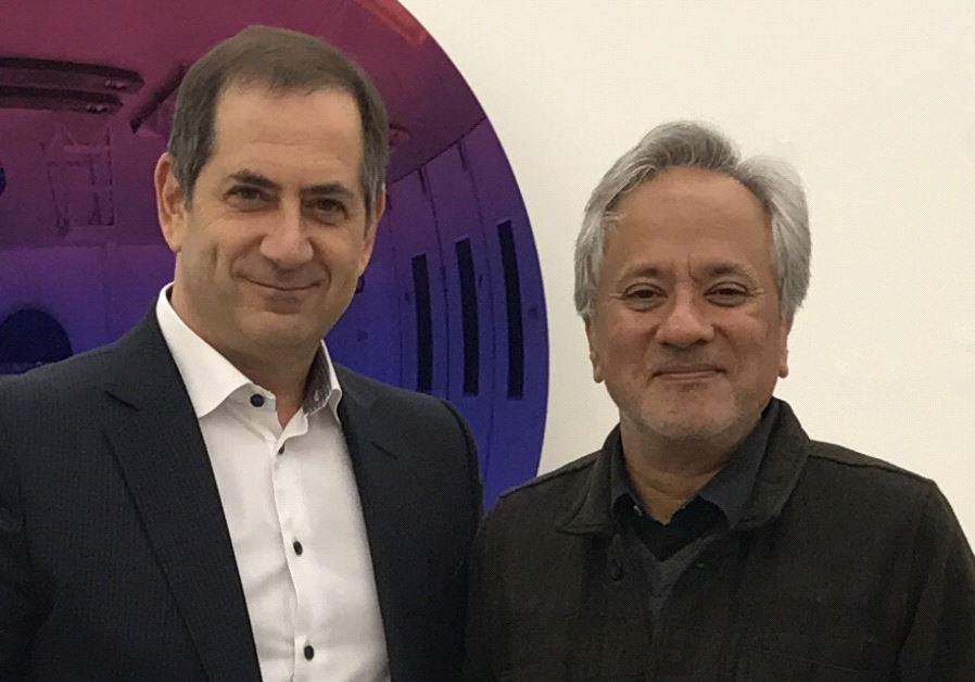 Genesis Prize Foundation chairman and co-founder Stan Polovets with Anish Kapoor. (Courtesy GPF)