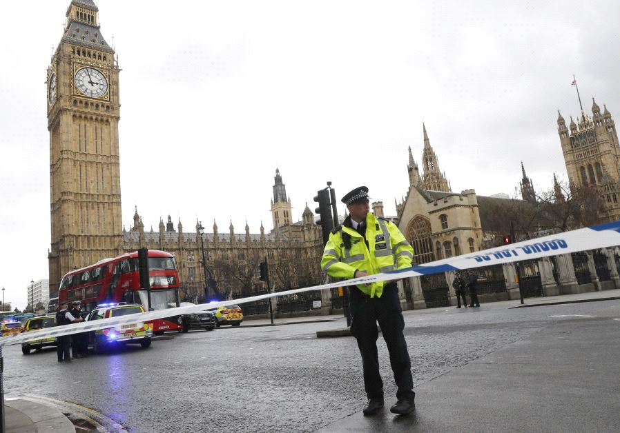 Police tapes off Parliament Square after reports of loud bangs, in London, Britain, March 22, 2017.  (Reuters)