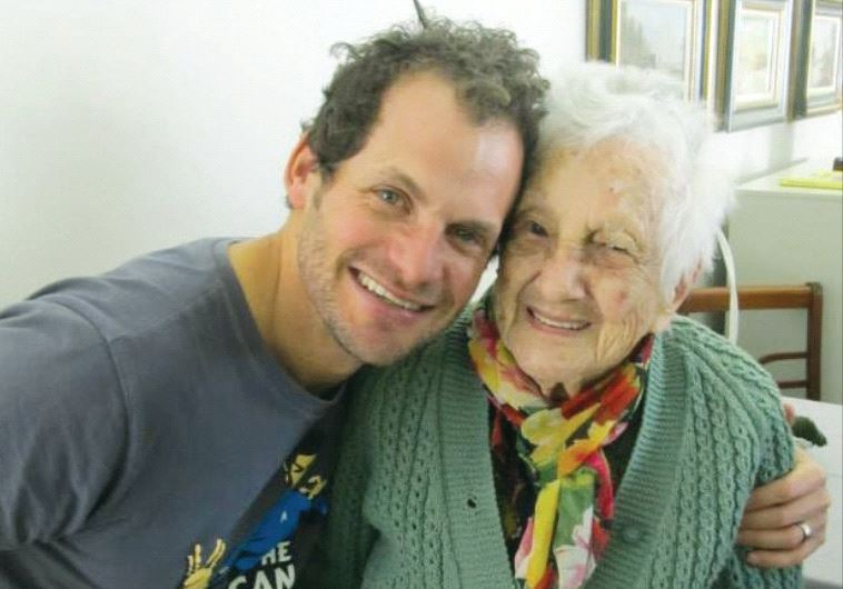 South Africa's Jewish community: 106-yearold Rosalie Wolpe, and comedian Nik Rabinowitz (Courtesy Highlands House)